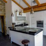 Die Küche im Penthaus der Mountain Lodge Leogang