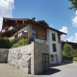 Details Außenansicht Sommer Mountain Lodge Leogang